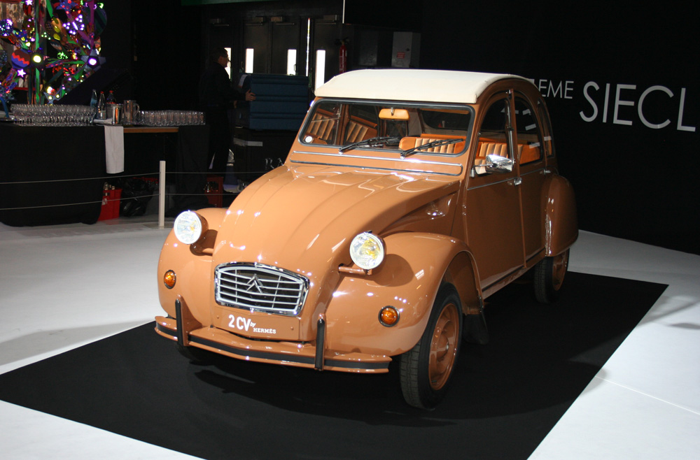 Citroën 2CV by Hermès