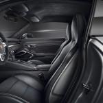 Embargo_00_01_8_October_2014_Porsche_911_Carrera_GTS_interior