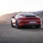 Embargo_00_01_8_October_2014_Porsche_911_Carrera_GTS_rear_static