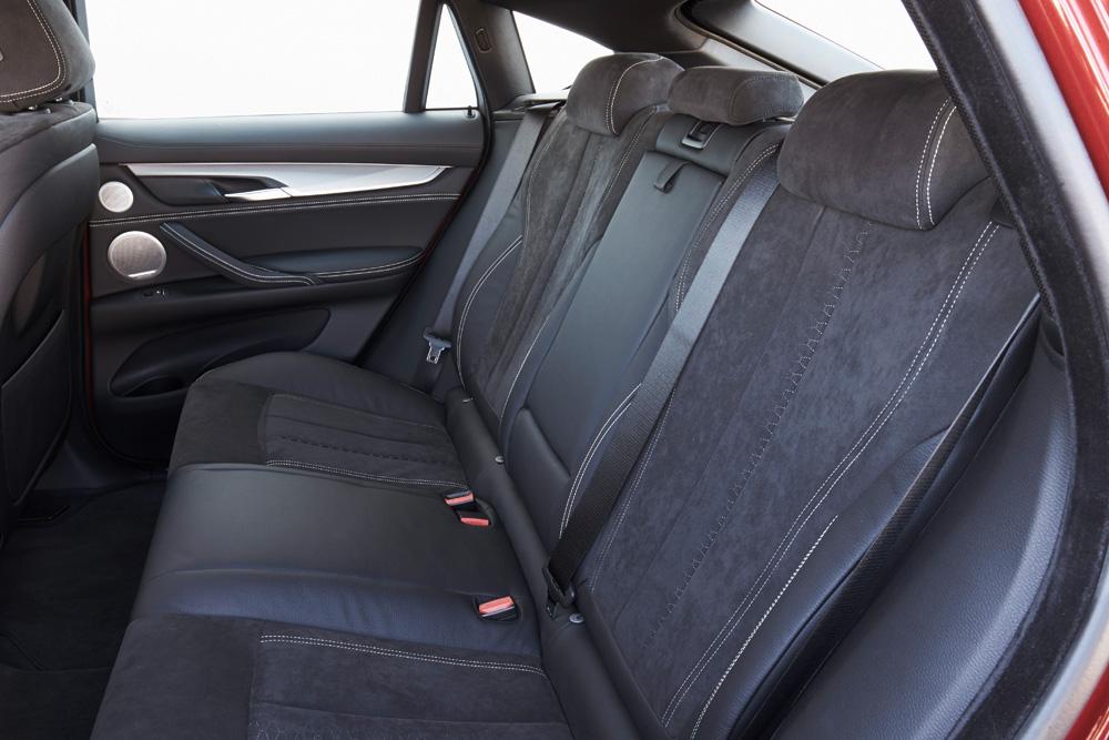 115_BMW_X6_M50d