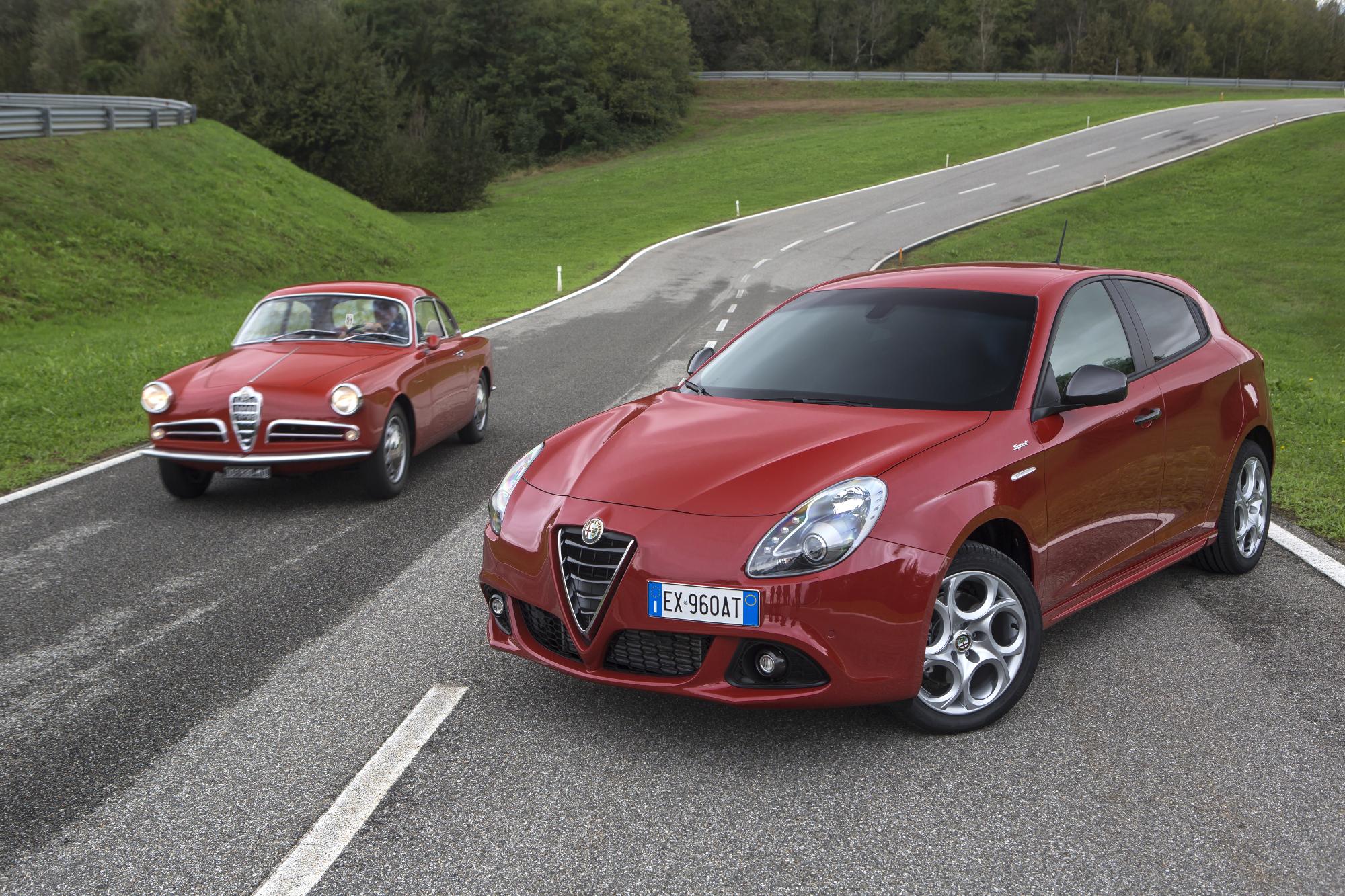 Soixante ans sépare ses deux Giulietta. En dehors du nom, la filiation n'est pas évidente...