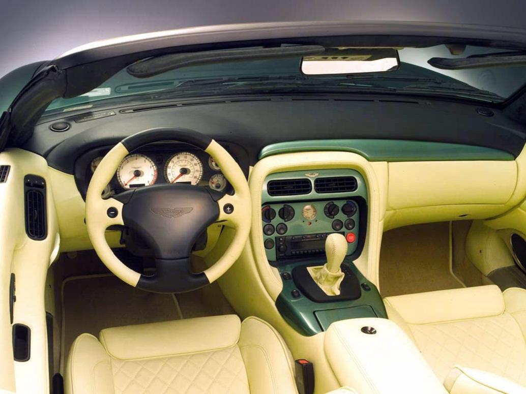 2003-Aston-Martin-DB7-Cabriolet-Interior1