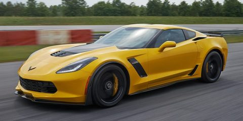 2015-chevrolet-corvette-z06-sports-car-mo-exterior-1480x551-23