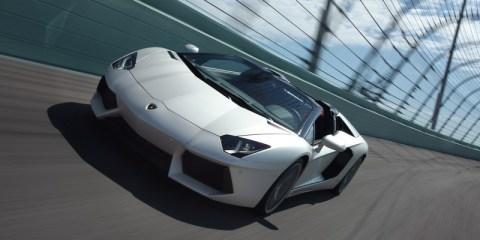 Lamborghini_Aventador_Roadster_LP_700-4