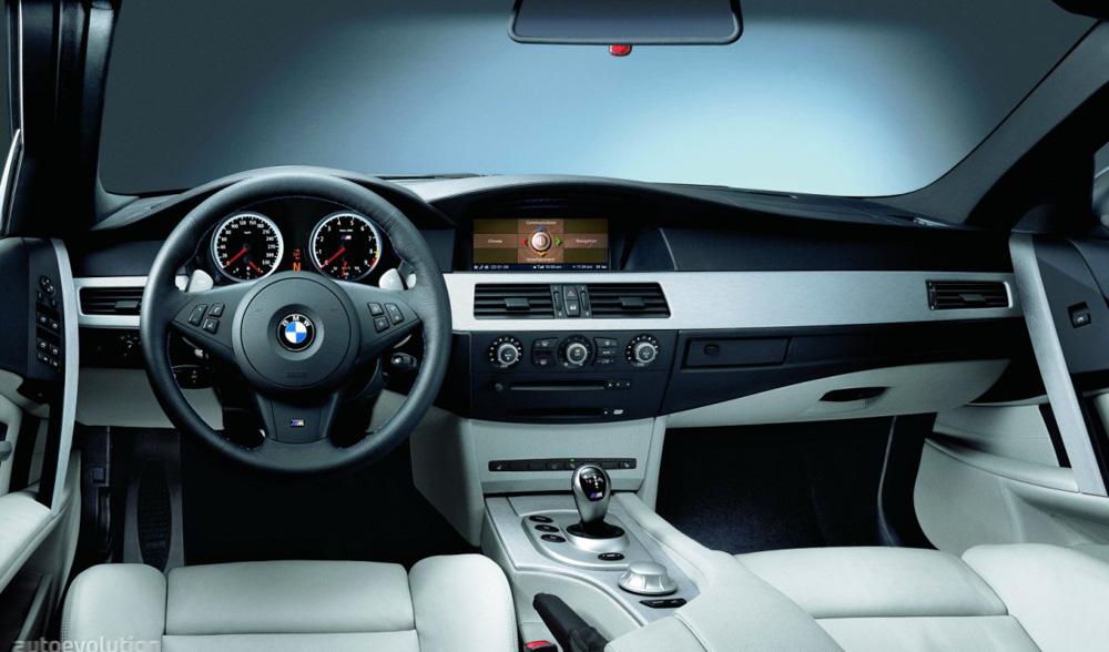 BMW-M5-E60-tdb2