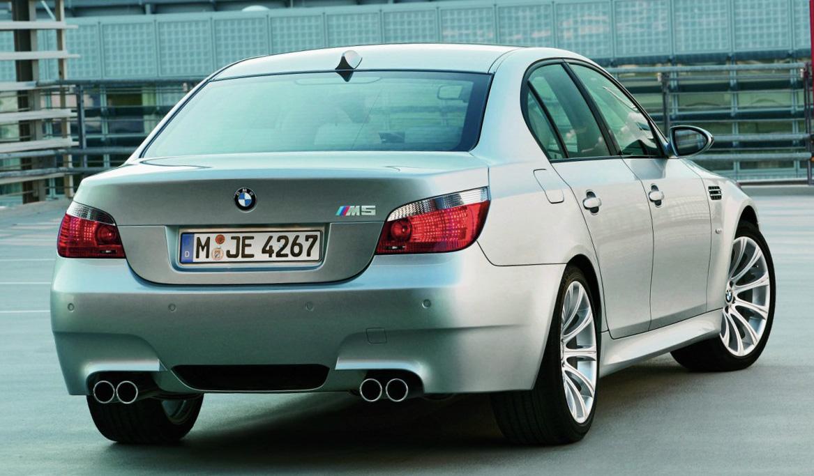 BMWM5-E60-AR