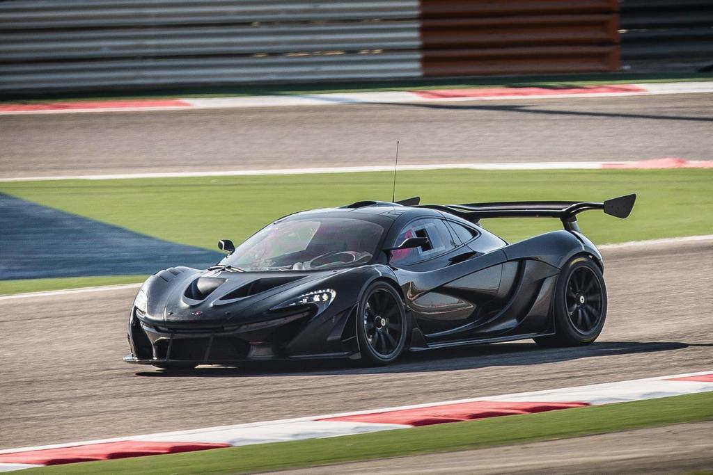 McLaren P1 GTR_testing 02