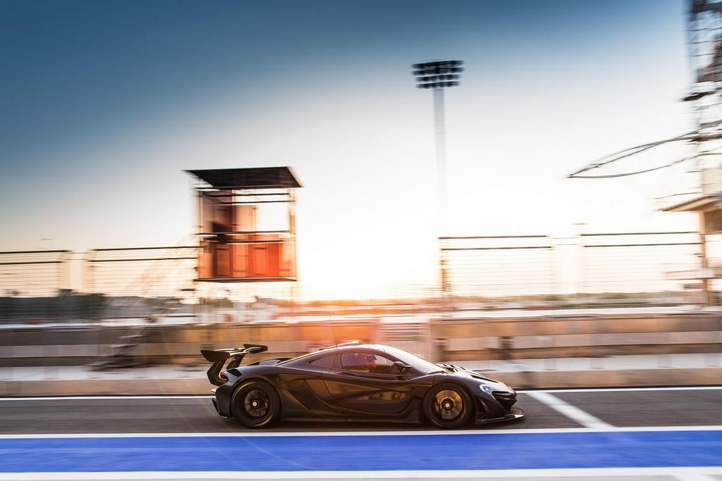 McLaren P1 GTR_testing 03