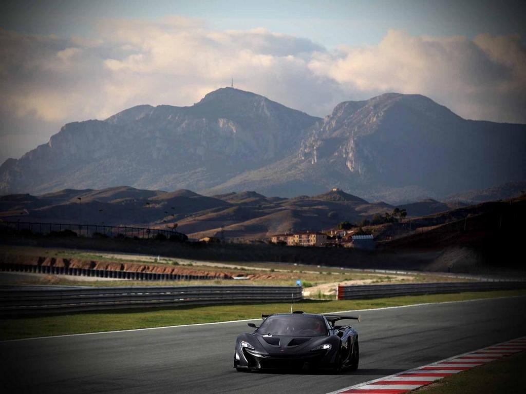McLaren P1 GTR_testing 09