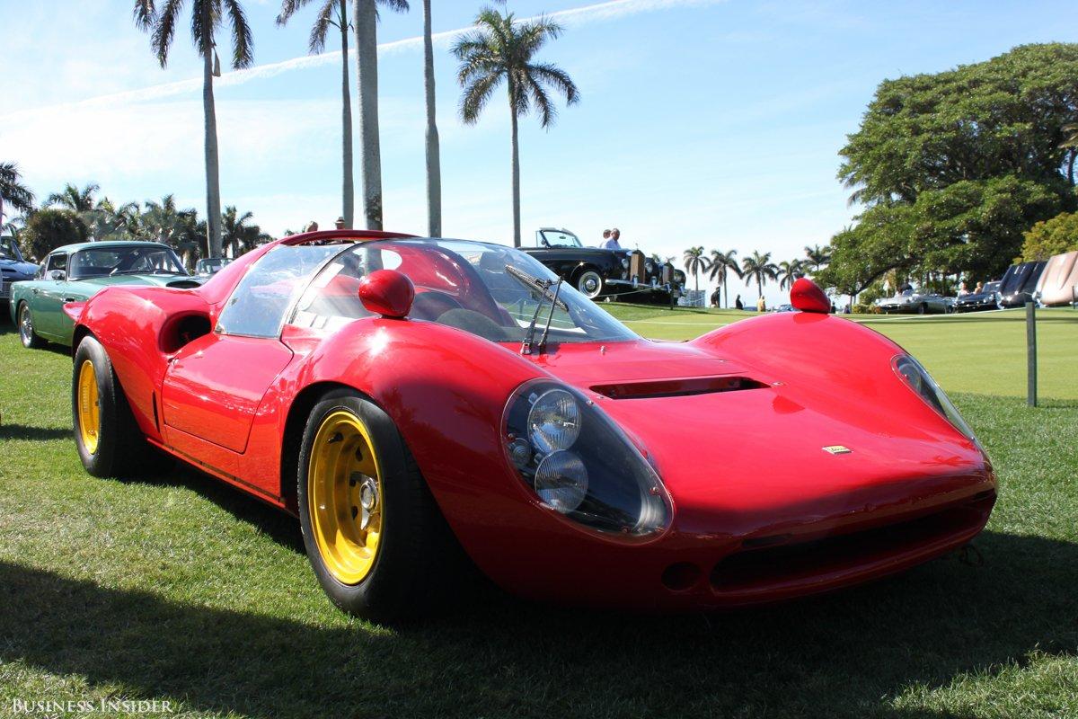 La Dino, avec son tout petit V6, c'est la Ferrari du pauvre. Celle-ci fut vendue par RM Auctions : 2 520 000 €, tout de même...