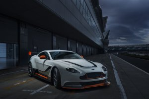 Aston_Martin-Vantage_GT3_Special_Edition_2015_1600x1200_wallpaper_01