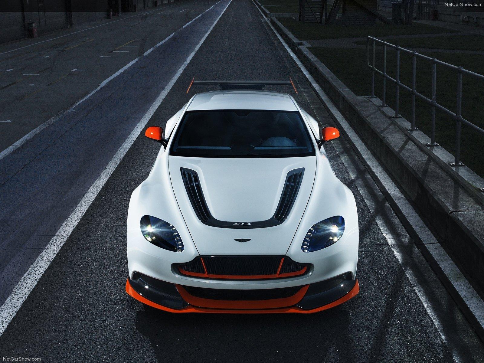 Aston_Martin-Vantage_GT3_Special_Edition_2015_1600x1200_wallpaper_06