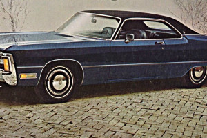chrysler-imperial-1971-une