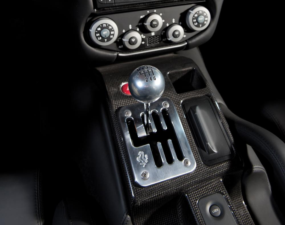 ferrari-599-levier-manuel