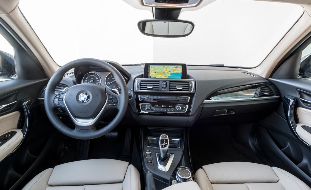 BMW_120d_xDrive_tableau