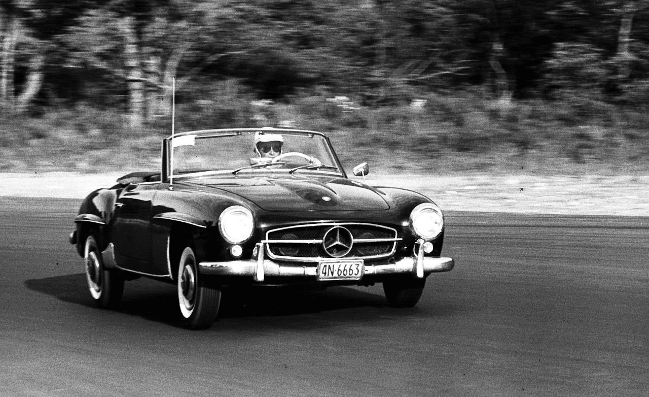 mercedes-benz-190sl-2