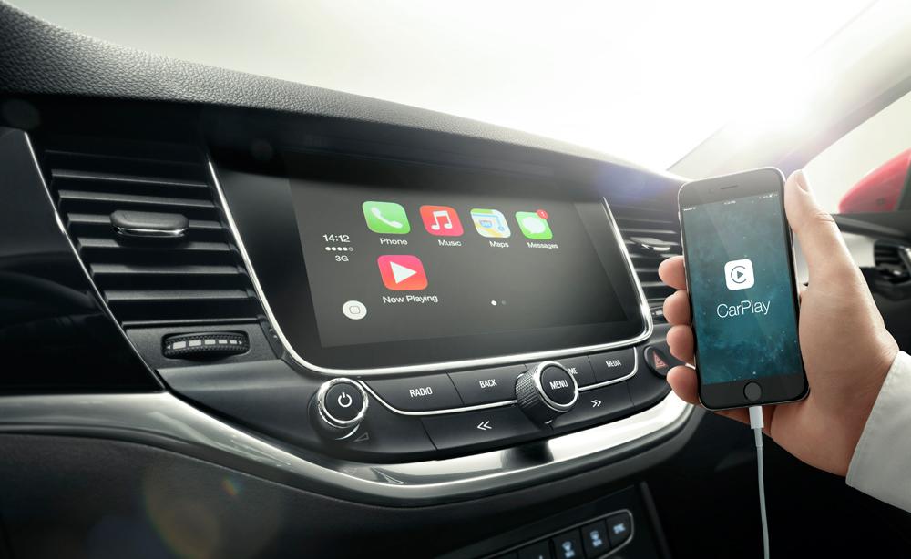 Opel-Astra-ecran-tactile