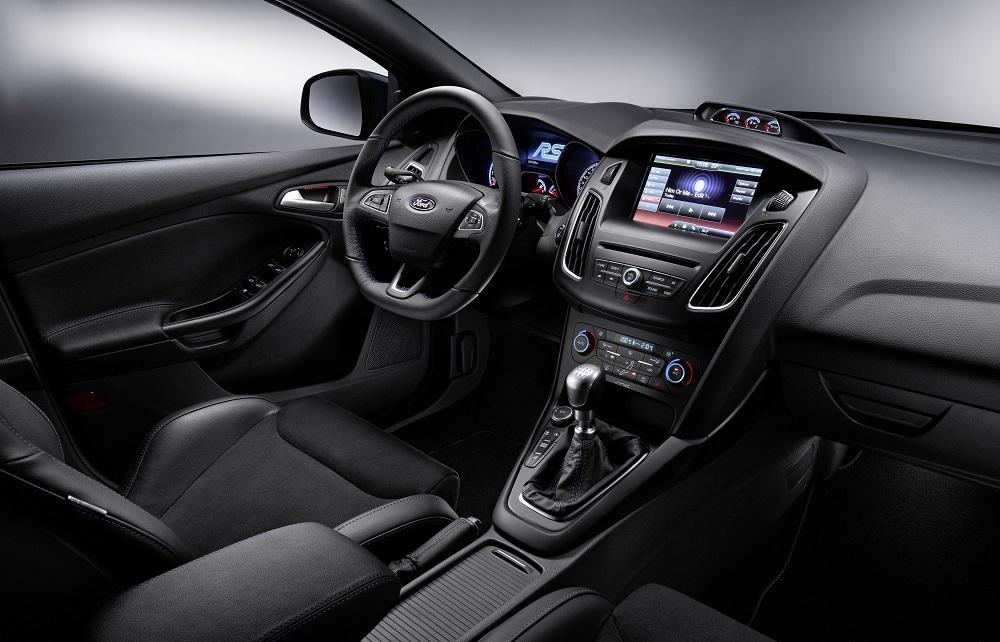 FordFocusRS_Interior_01